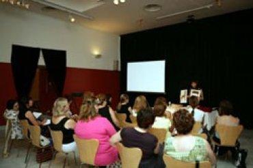 Profesores asistentes a una de las sesiones. Museo Reina Sofía, 2008.