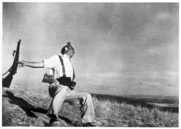 Robert Capa. Death of a Loyalist Militiaman, 1936 copy 1998. Photography. Museo Nacional Centro de Arte Reina Sofía Collection, Madrid