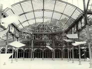 Vista de sala de la exposición. David Hammons. Global Fax Festival, 2000