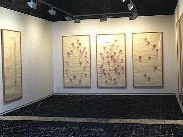 Vista de sala de la exposición. Sicilia en Silos, 2000