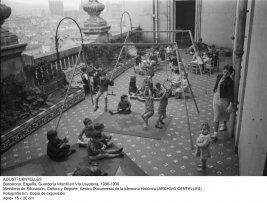 Agustí Centelles. Barcelona, España. Guardería infantil en Vía Layetana, 1936-39