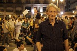 Miércoles, 5 de diciembre: Basilio Martín Patino presenta su última película, Libre te quiero