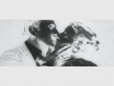 Luis Macías. The Kiss [El beso]. Película, 2014