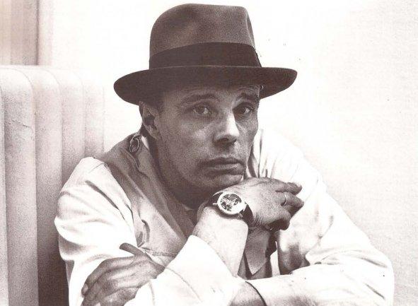 Joseph Beuys in Kunstalle of Berna, 1969