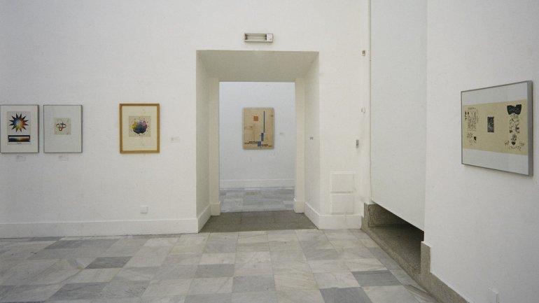 Vista de sala de la exposición. Utopías de la Bauhaus. Obra sobre papel, 1988