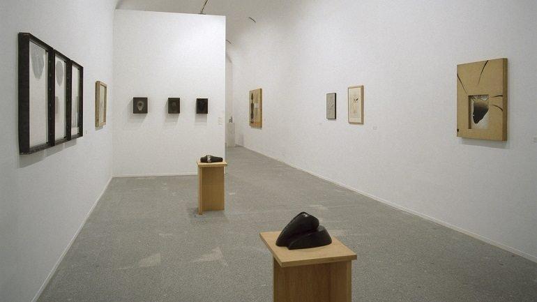 Vista de sala de la exposición. Pepe Espaliú, 2003