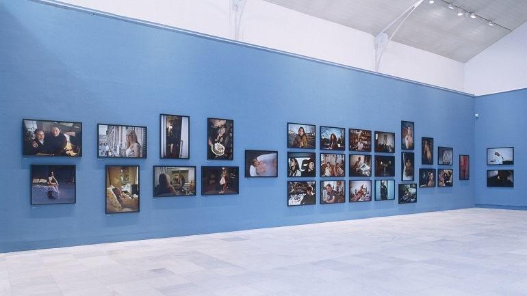 Exhibition view. Nan Goldin. El patio del diablo, 2002