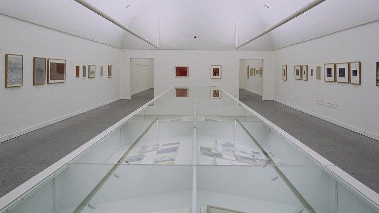 Vista de sala de la exposición. Severo Sarduy, 1998