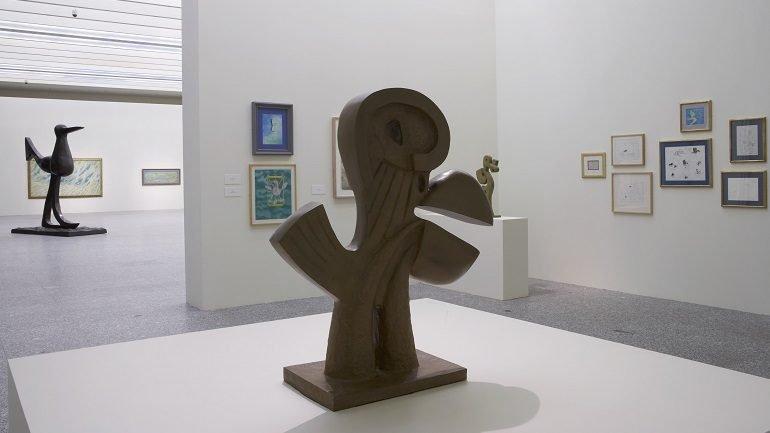 Exhibition view. Juan Soriano. Aves de paso, 2006
