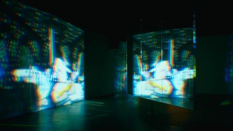 Bill Viola. Una historia que gira lentamente, 1992. Instalación, vídeo. Colección Museo Nacional Centro de Arte Reina Sofía, Madrid